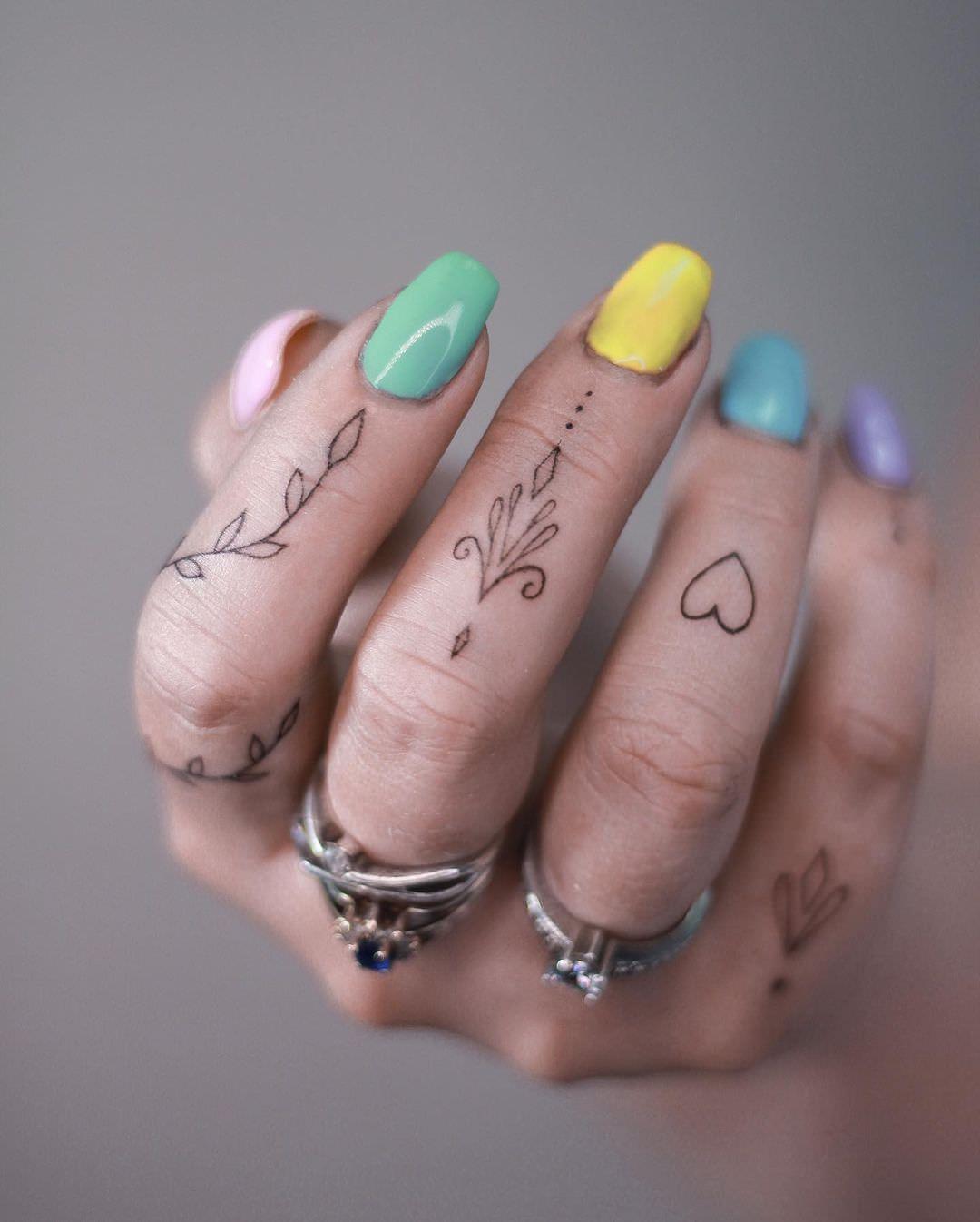asiamadziala_tattoo_117726537_123409839162657_4666383420571903840_n