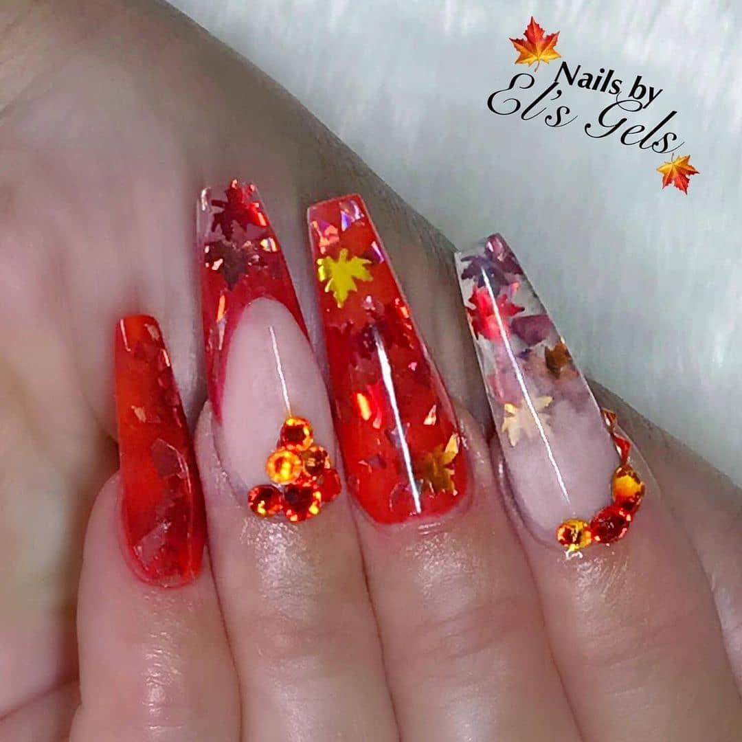 glitterarty_nails1_240935150_527350108526369_450818614581282607_n