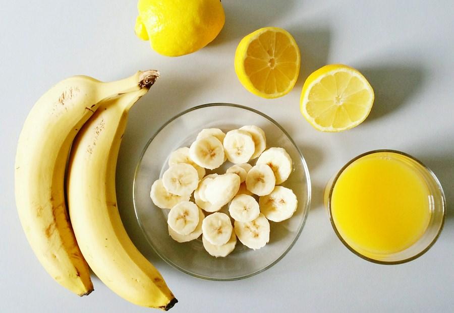 маска для лица из банана с лимоном