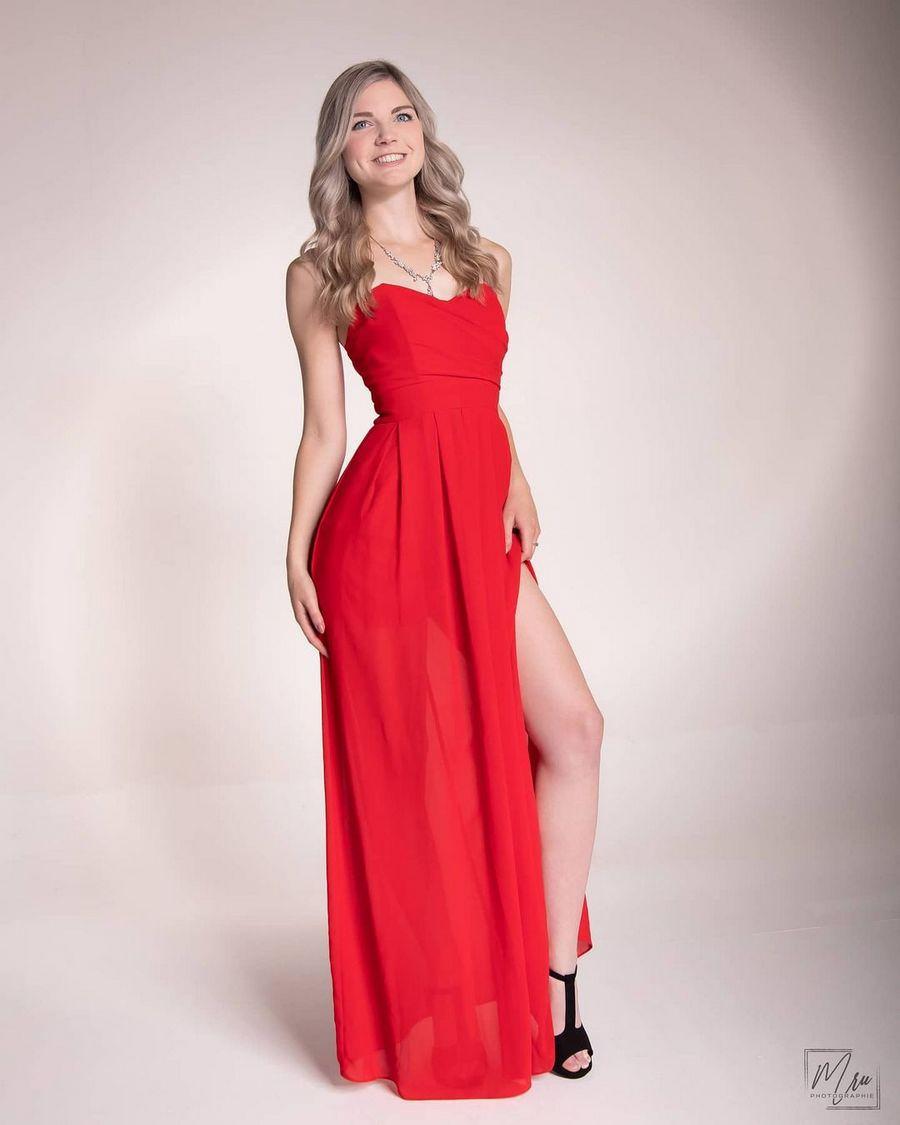 нюдовая помада под красное платье