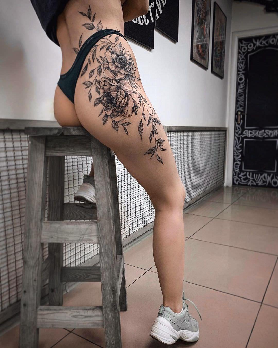 parashutich_tattoo_189246467_883621215602129_6639686154834664920_n