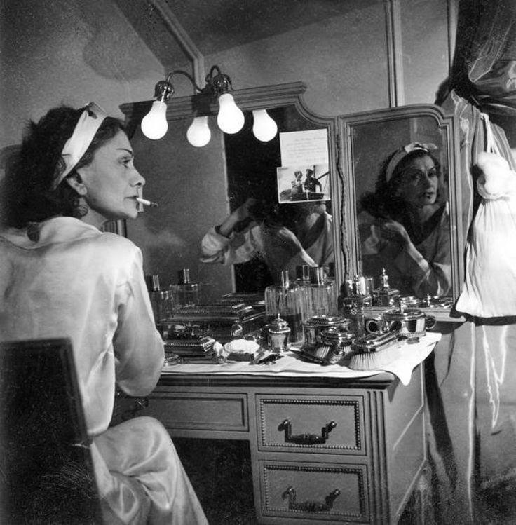 Коко Шанель в роскошном номере отеля Ritz