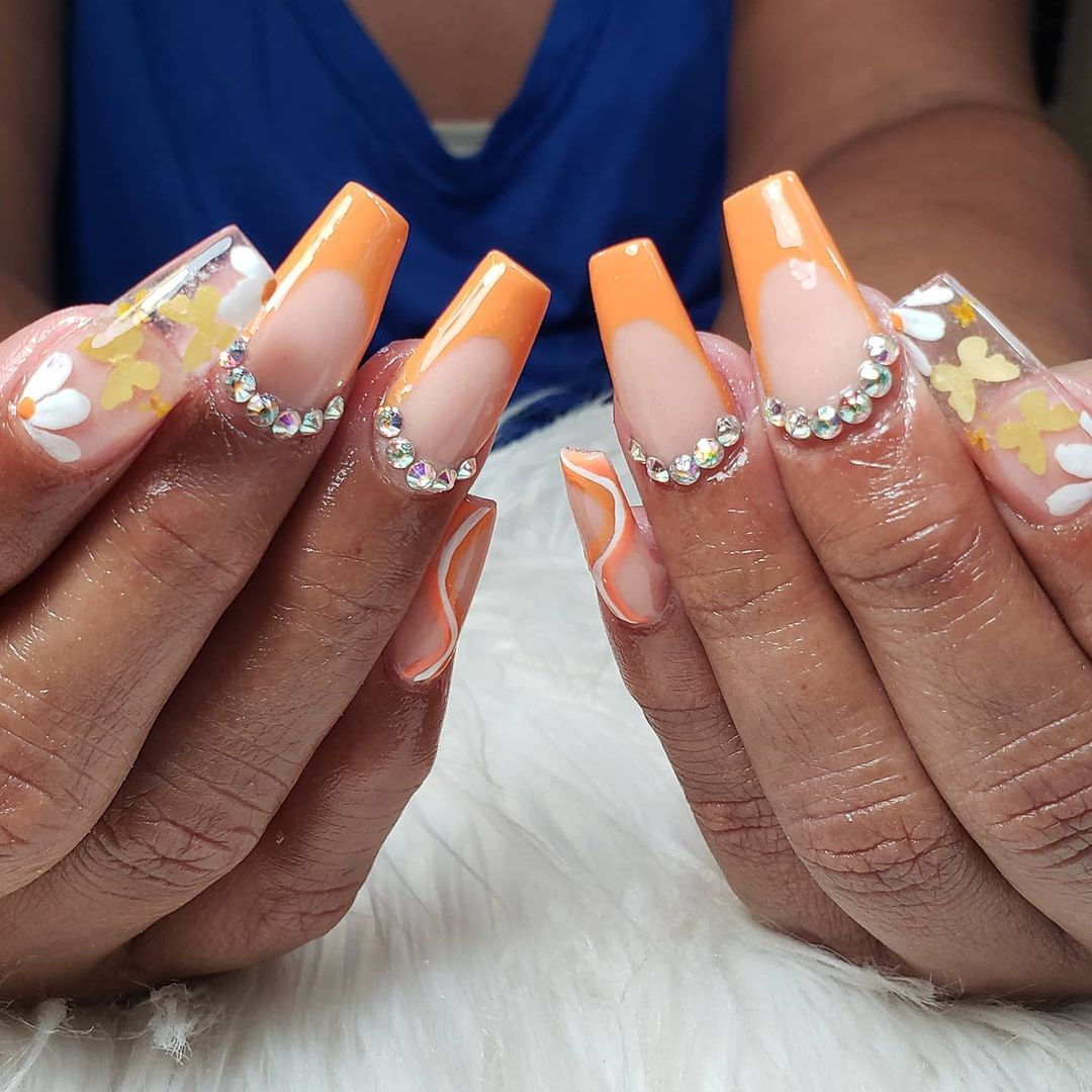 partynails1__241065860_519386442500505_4533566904054562088_n