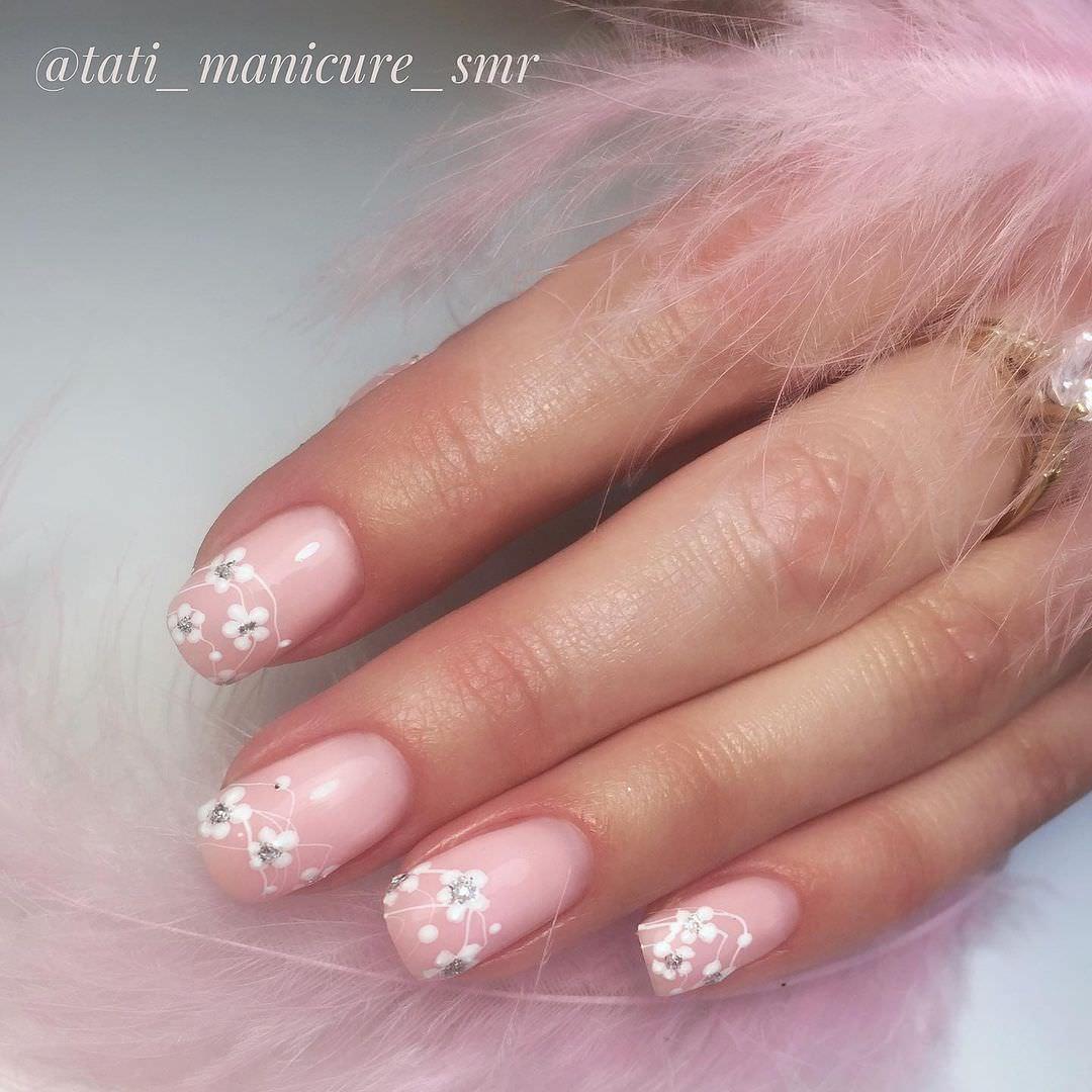 tati_manicure_smr_195459011_4158894607538035_5981394137212696335_n