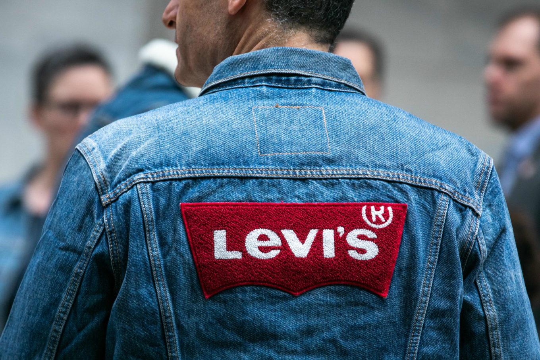 бренд Левис